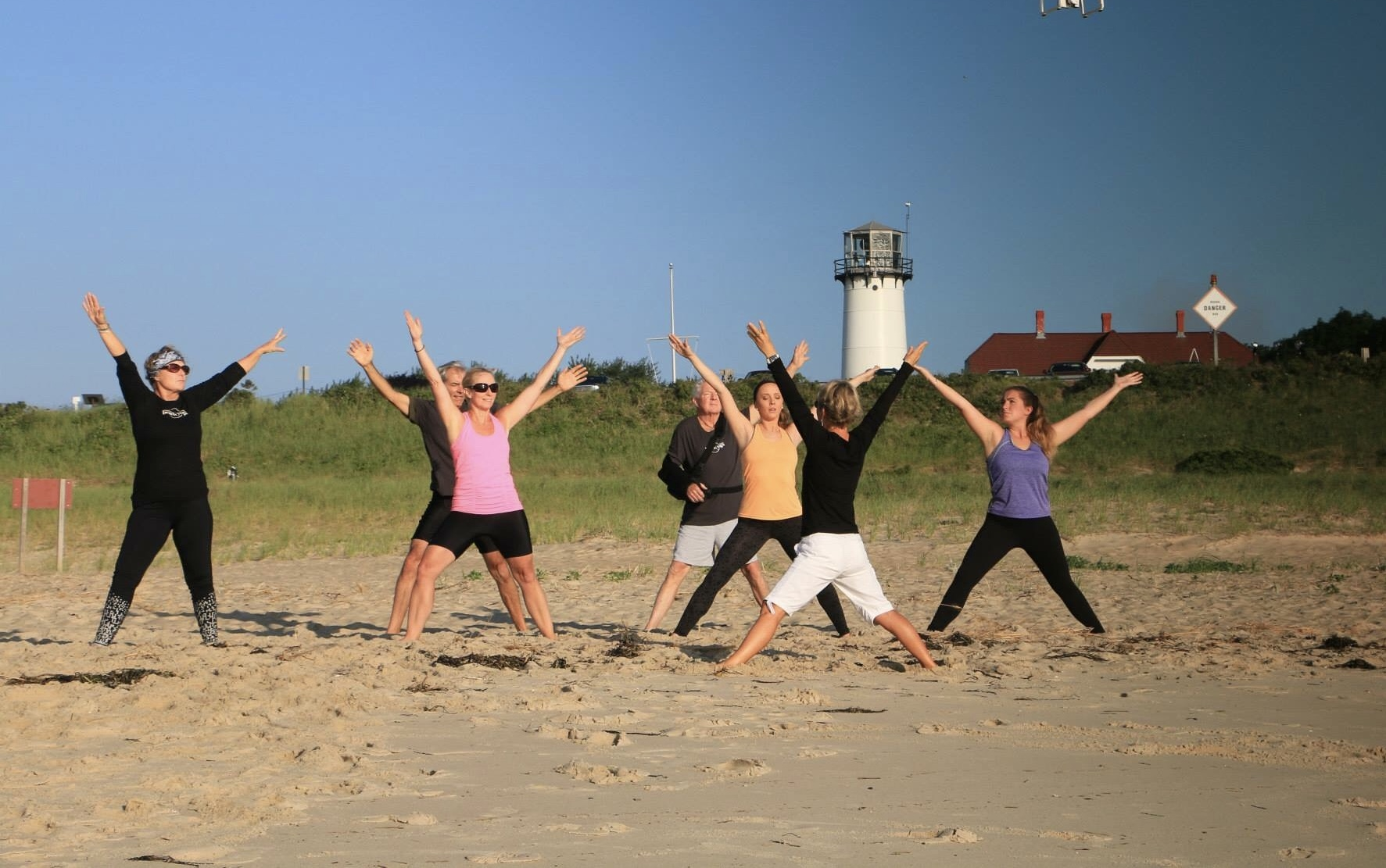 Yoga Stars Classes beach qigong